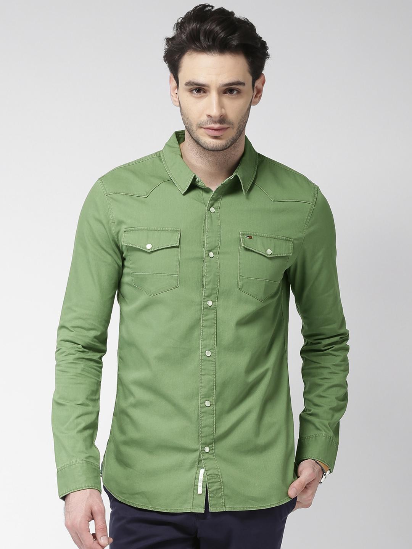 5cd6e928e Buy Tommy Hilfiger Men Green Regular Fit Solid Casual Shirt - Shirts ...