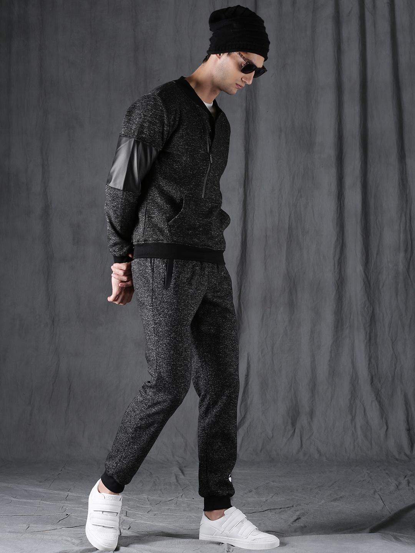 WROGN Men Black Solid Sweatshirt
