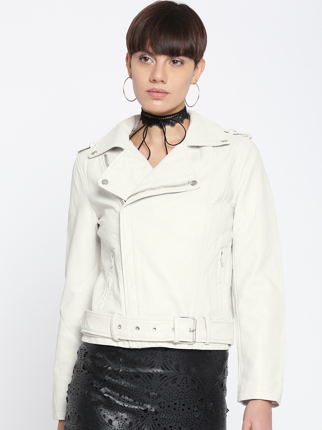 57d1543f07ae Buy FOREVER 21 Women Off White Solid Asymmetric Closure Biker Jacket ...