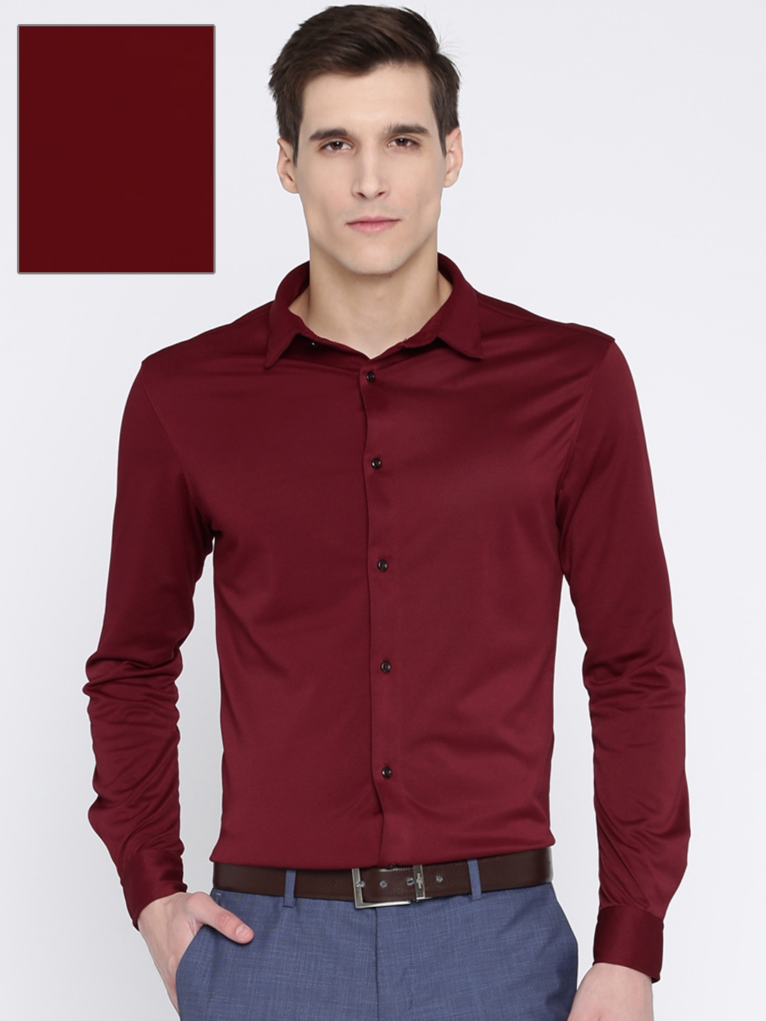 75526ed2982 Buy Arrow New York Men Maroon Super Slim Fit Solid Formal Shirt ...
