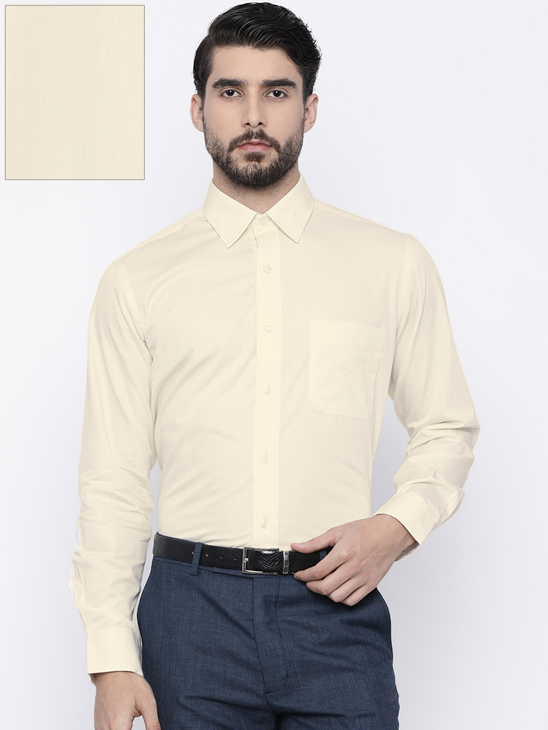 c11a21807fae38 Buy Arrow Men Off White Regular Fit Solid Formal Shirt - Shirts for ...