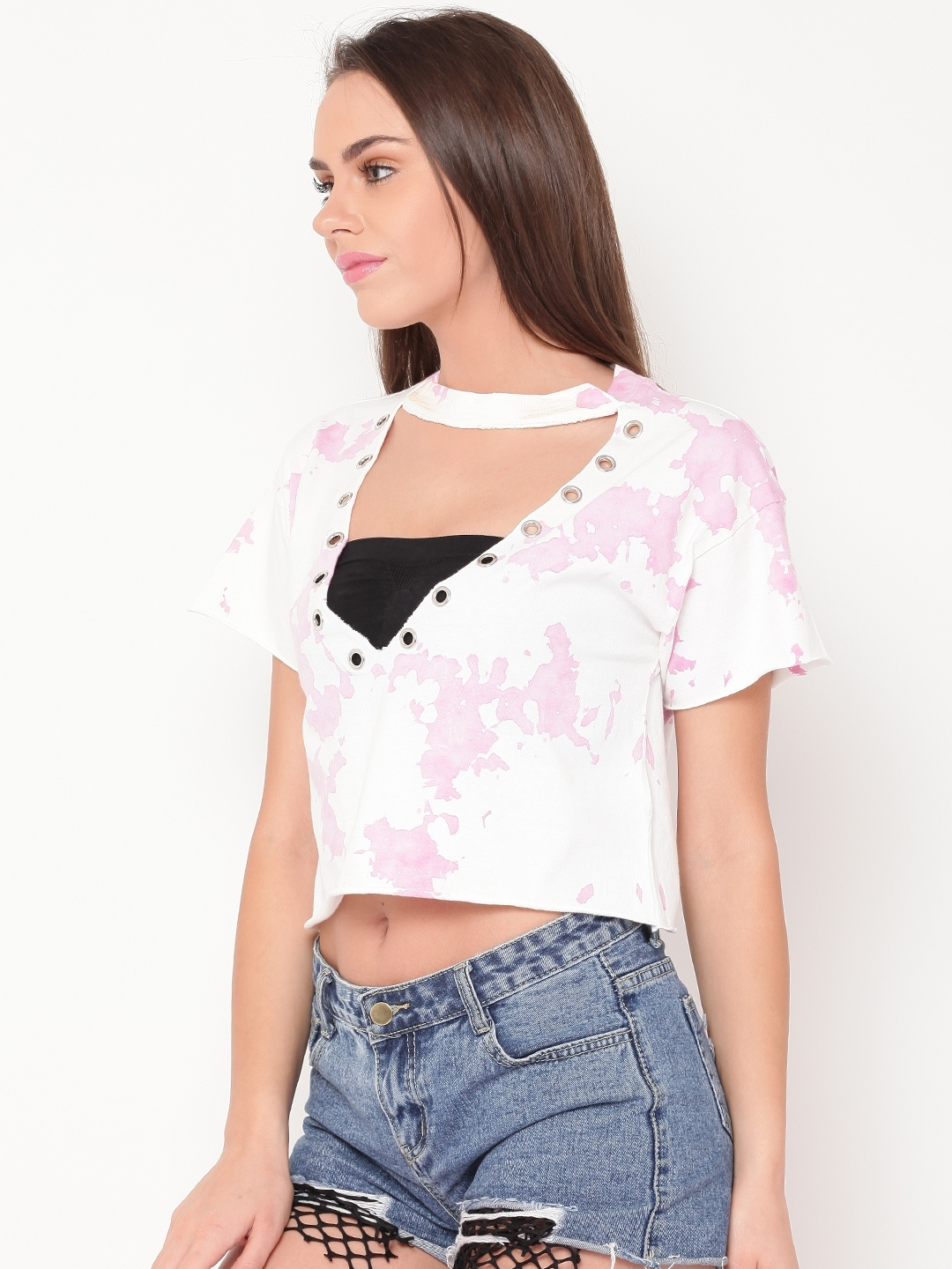 fd5081beefd Buy FOREVER 21 Women Pink & White Printed Crop Top - Tops for Women ...