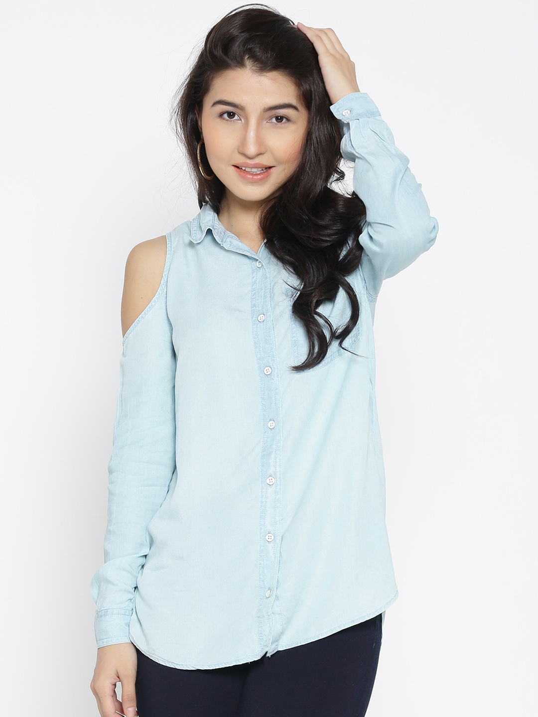 f10acf5c2c Buy FOREVER 21 Women Blue Solid Cold Shoulder Chambray Casual Shirt ...