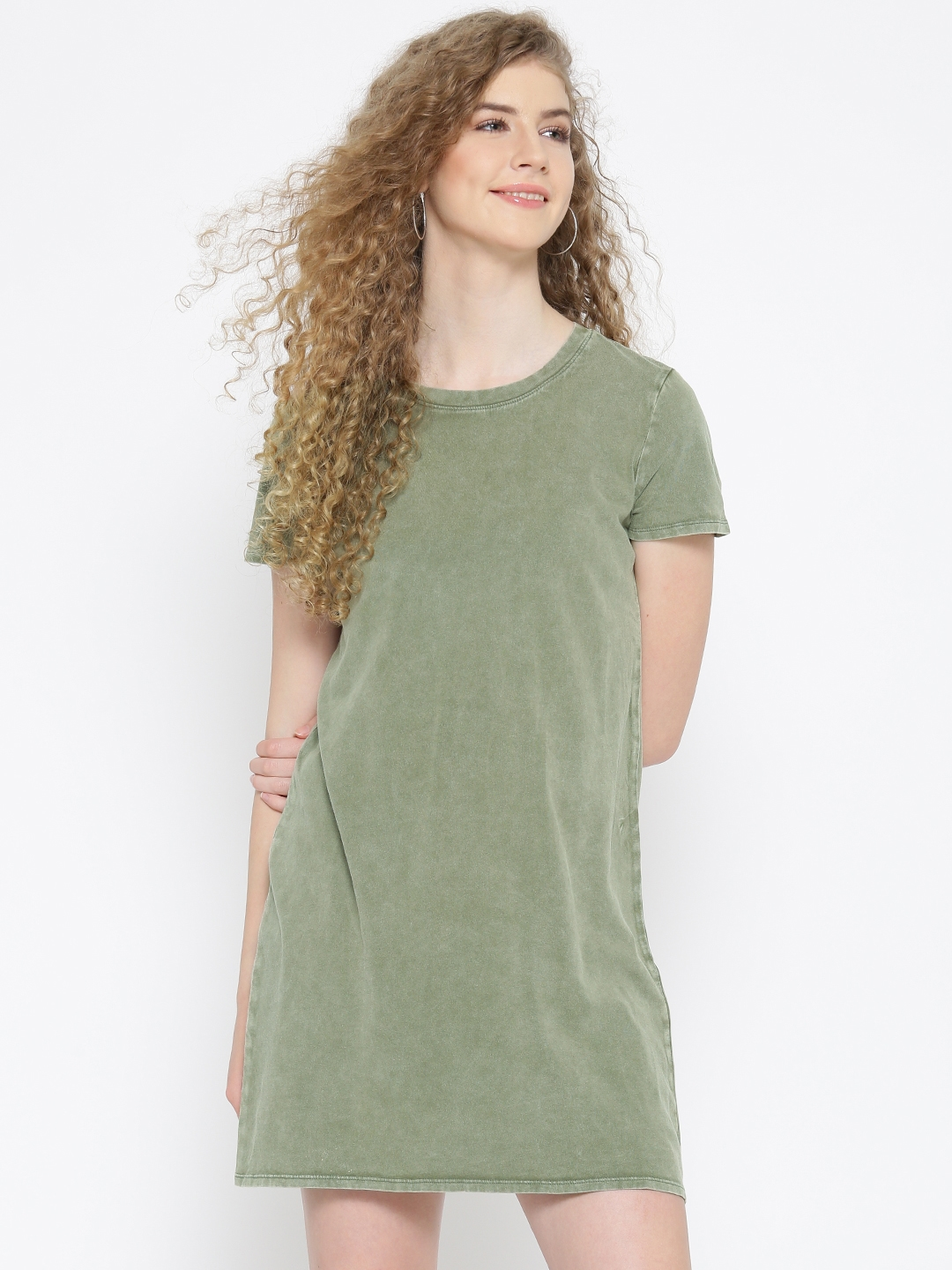 26a136e7cfe Buy FOREVER 21 Women Olive Green Solid T Shirt Dress - Dresses for ...