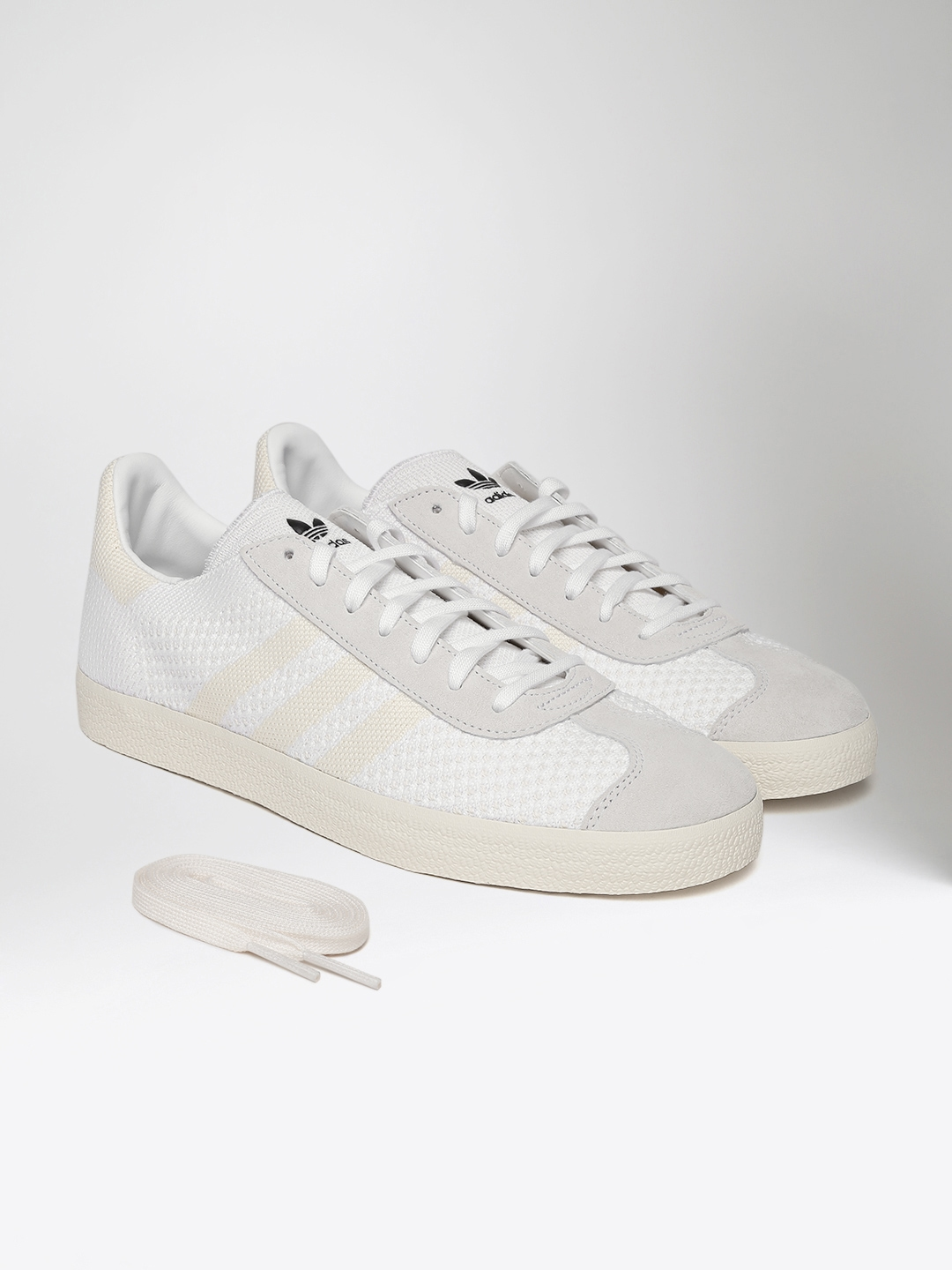 8bb4d629fa0a ADIDAS Originals Men White   Cream-Coloured Gazelle Prime Knit Woven  Sneakers
