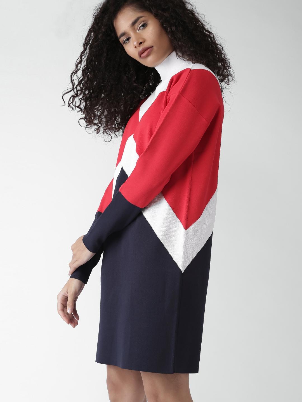 0822b25379bb5 Buy Tommy Hilfiger By GIGI HADID Women Red Colourblocked Sweater ...