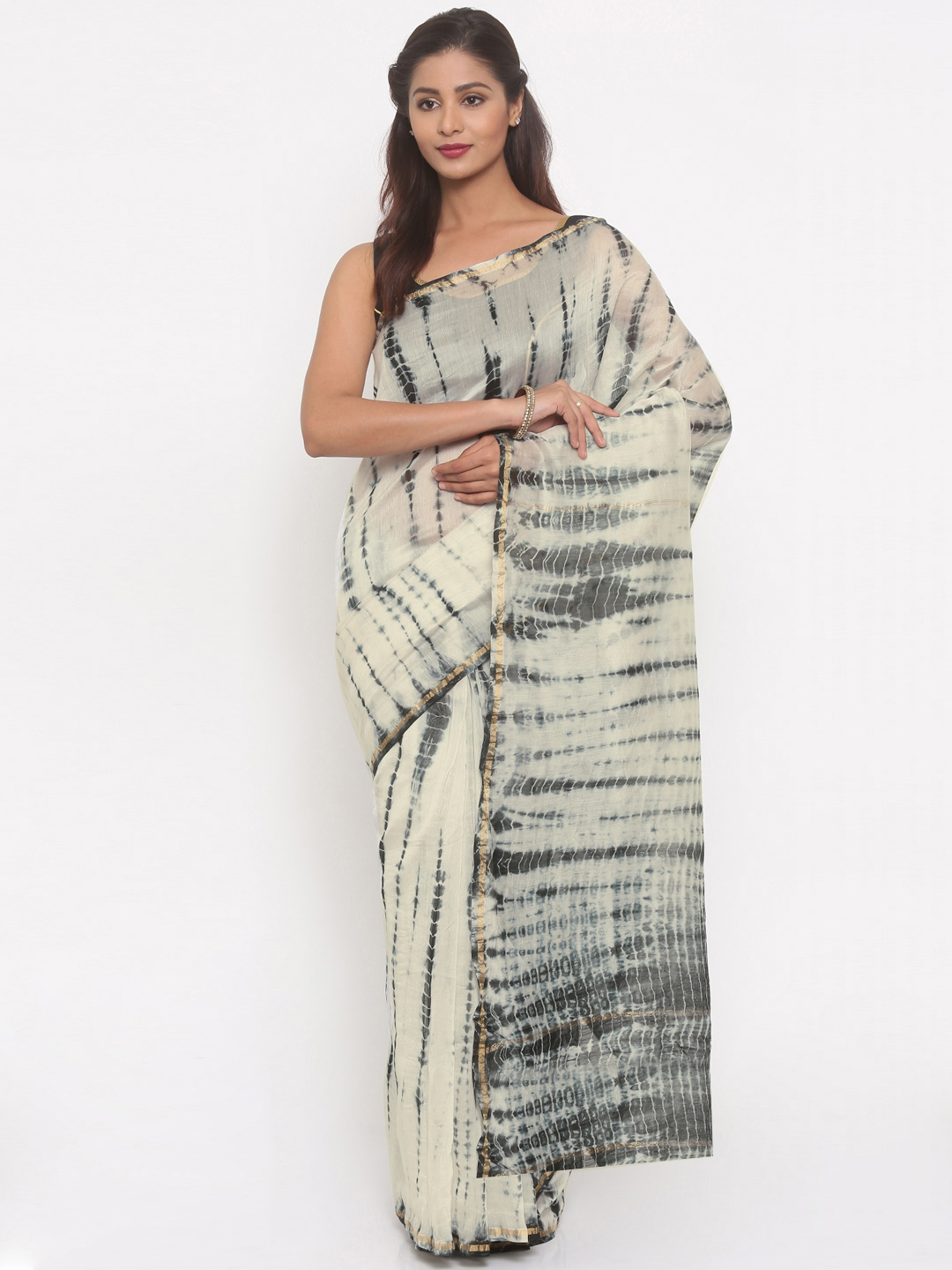d516f7210a Buy Gocoop Off White & Black Silk Cotton Printed Chanderi Saree - Sarees  for Women 2122903 | Myntra