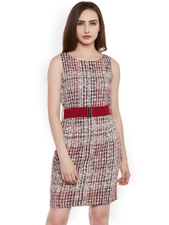 1a0fa3645d0d Buy Latin Quarters Women Beige   Burgundy Self Design Sheath Dress ...
