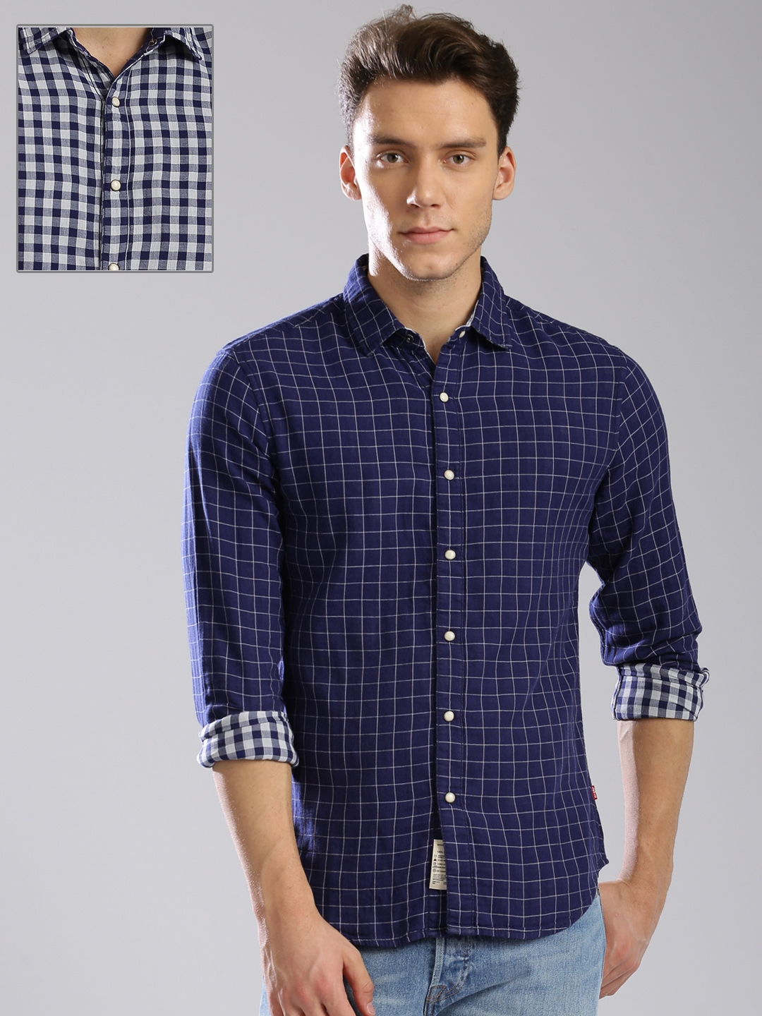 778e997128 Buy Levis Men Blue   White Checked Reversible Shirt - Shirts for Men ...