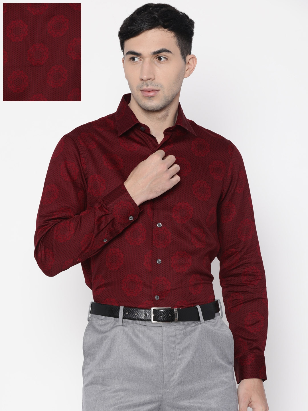 fb57ab769e8 Buy Arrow Men Red Slim Fit Printed Smart Casual Shirt - Shirts for ...