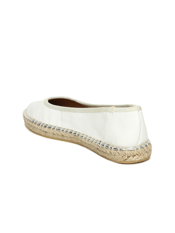 0a102dda6 Buy Steve Madden Women Off White GWENNITH Leather Espadrilles ...