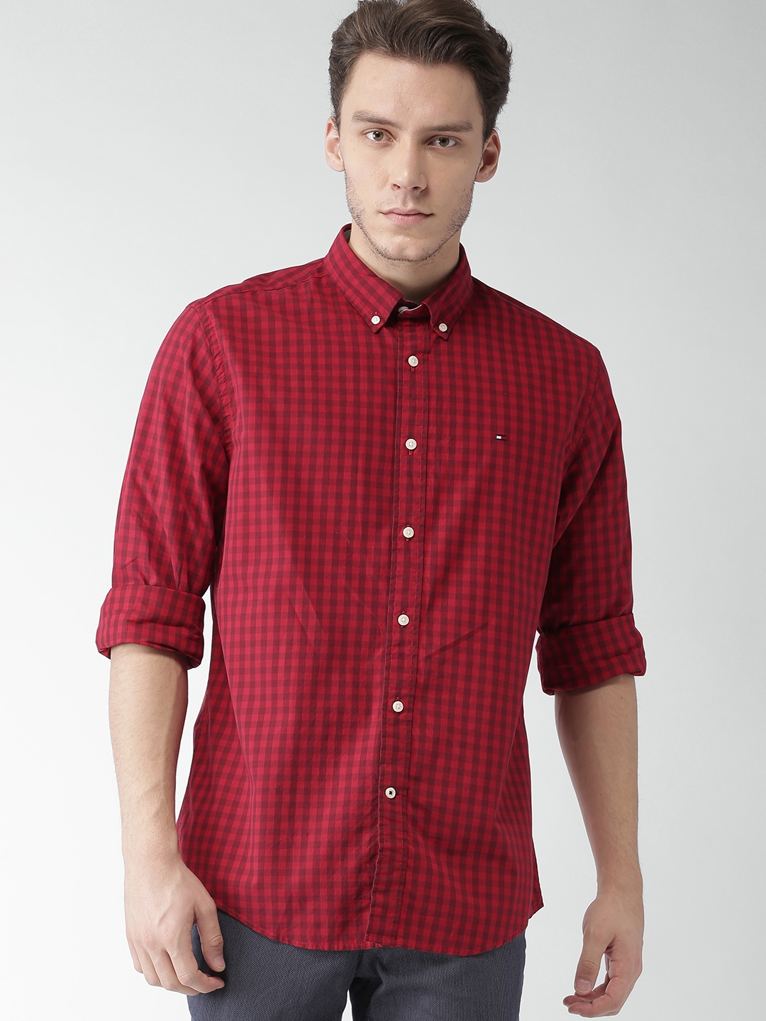 6529f684 Buy Tommy Hilfiger Men Red Classic Fit Checked Casual Shirt - Shirts ...