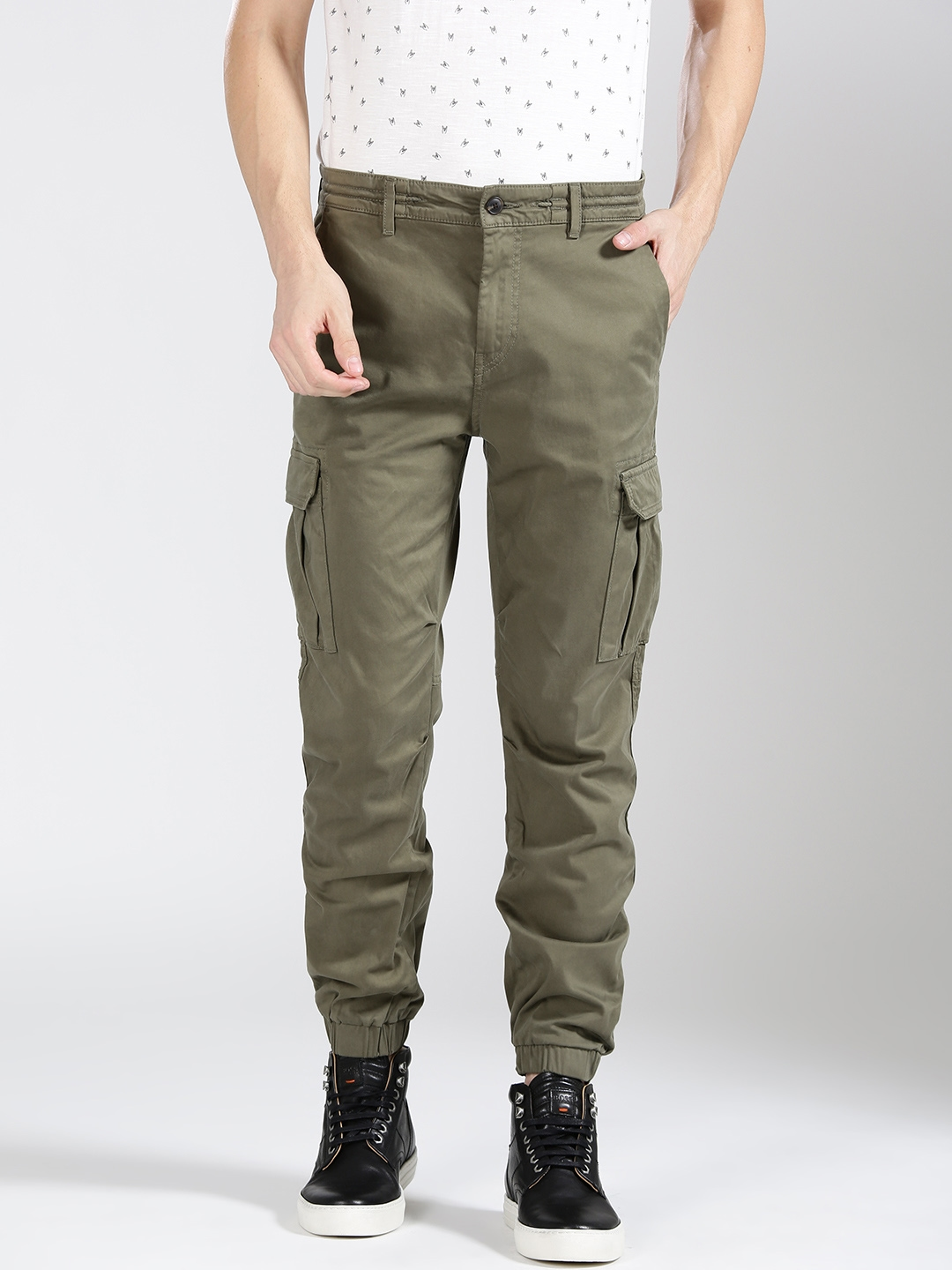 e2c102c5fe Buy BOSS Orange Men Olive Green Tapered Fit Solid Cargos - Trousers ...