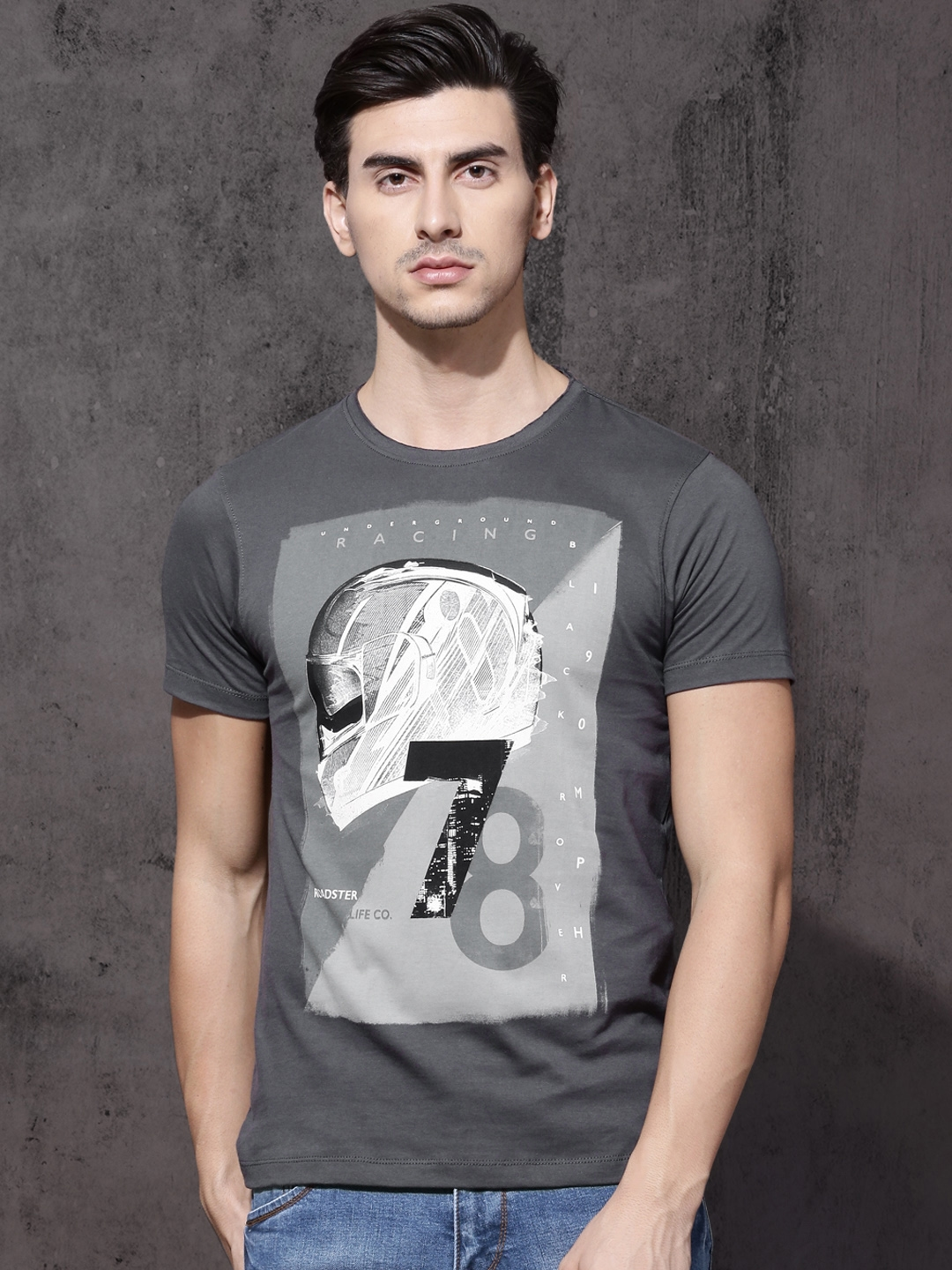b36922716 Buy Roadster Men Charcoal Printed Round Neck T Shirt - Tshirts for ...