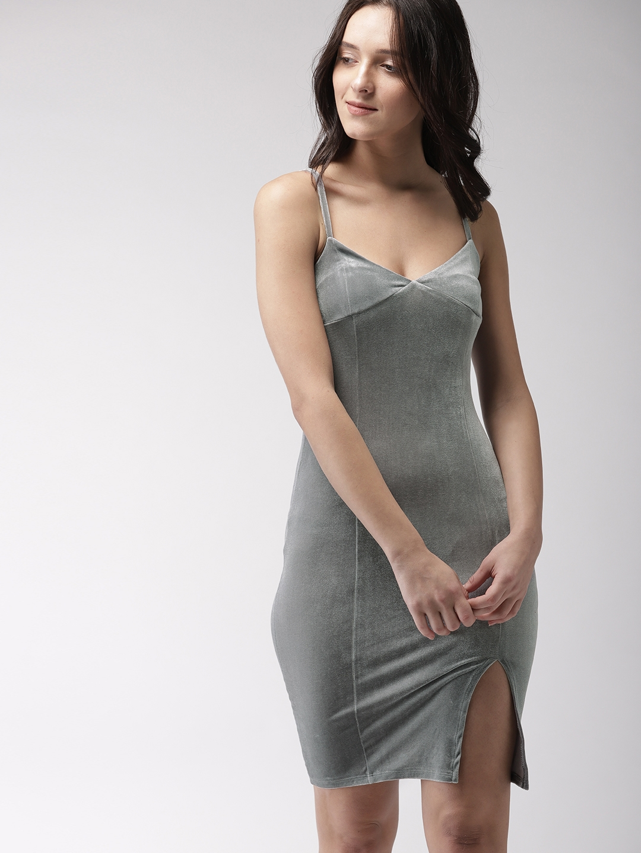 1209dfec962 Buy FOREVER 21 Women Grey Solid Velvet Bodycon Dress - Dresses for ...
