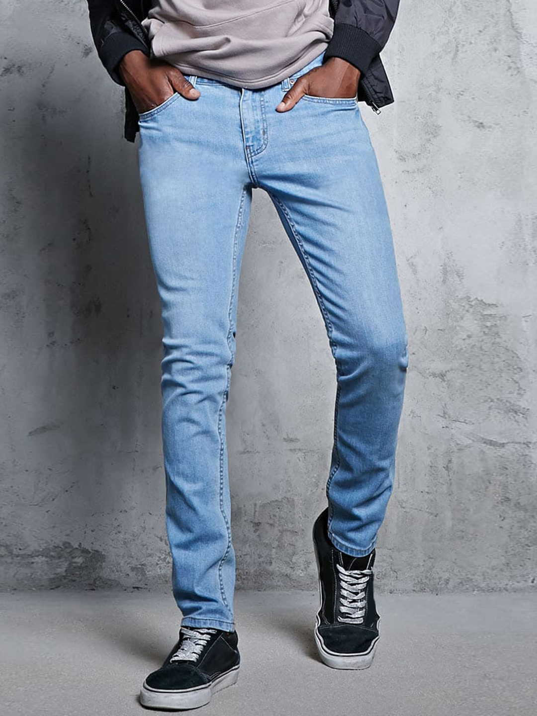 buy forever 21 men blue skinny fit mid rise clean look stretchable