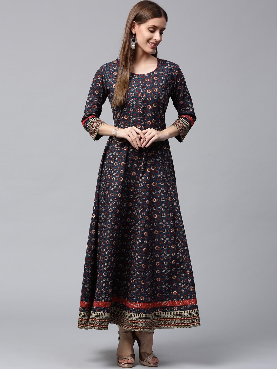 21d3e92eb Buy Nayo Women Navy   Maroon Printed Anarkali Kurta - Kurtas for ...