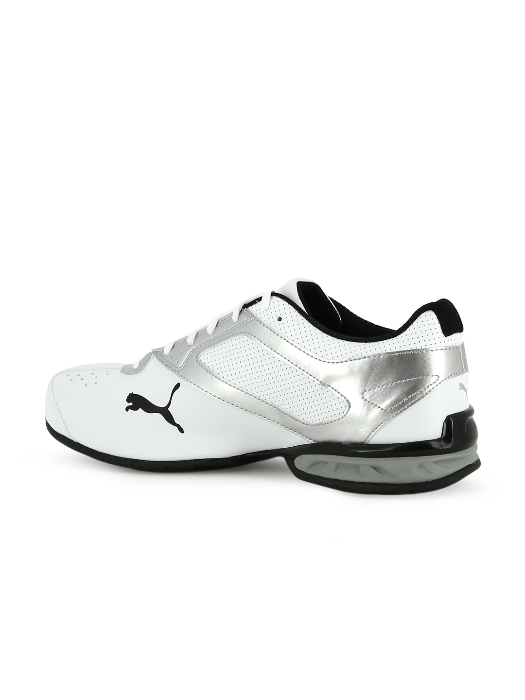 Buy Puma Men White Tazon 6 FM Running Shoes - Sports Shoes for Men ... 439198241