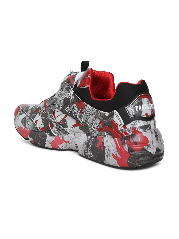 3bac6b5258e Buy Puma Unisex Black   Grey Disc Blaze Camo X TRAPSTAR Sneakers ...