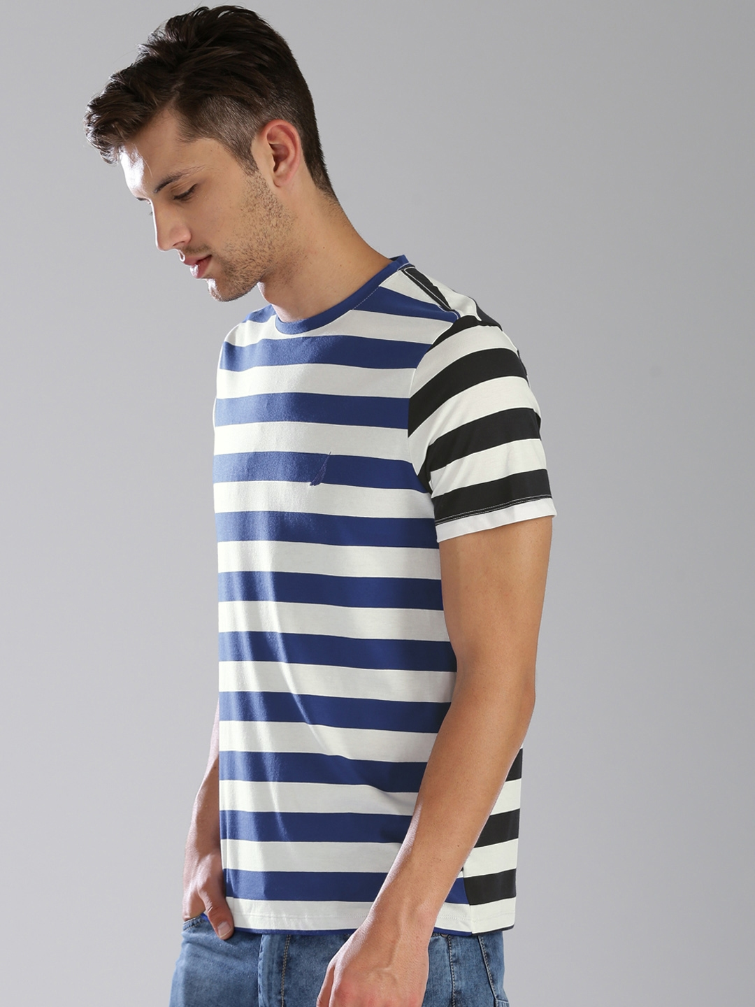352672e09d Buy Nautica Men Blue & White Striped Round Neck T Shirt - Tshirts ...