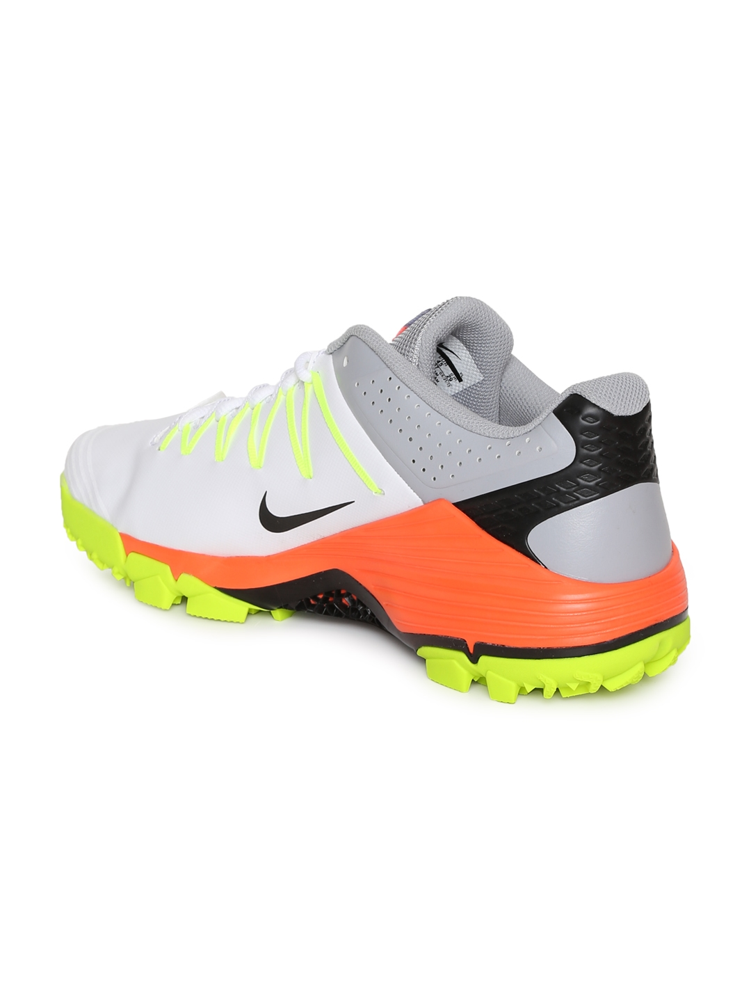 hot sale online b4fd3 5b663 Nike Men White Domain 2 Cricket Shoes