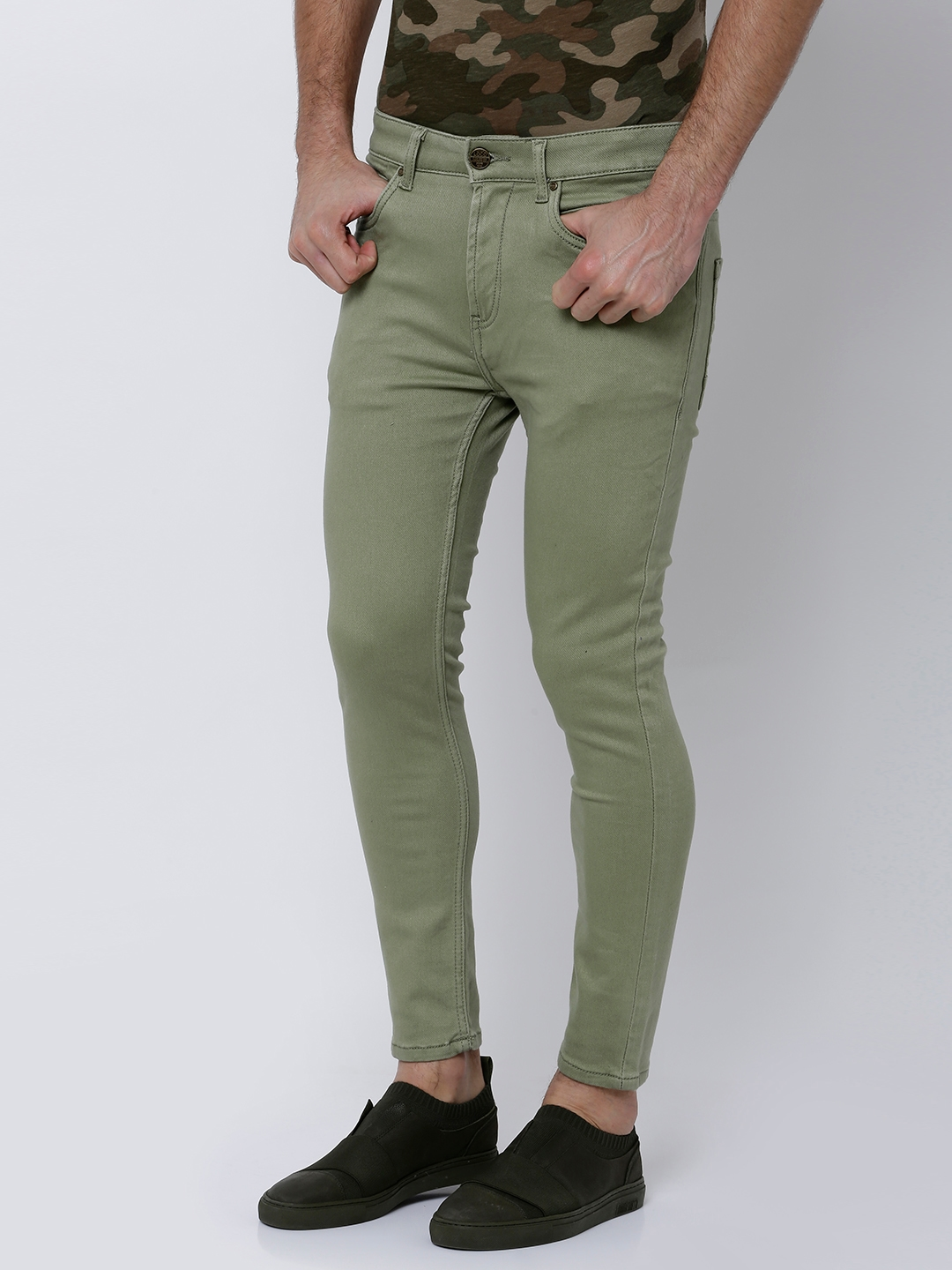 e66120f0 Buy LOCOMOTIVE Men Olive Green Skinny Fit Mid Rise Clean Look ...