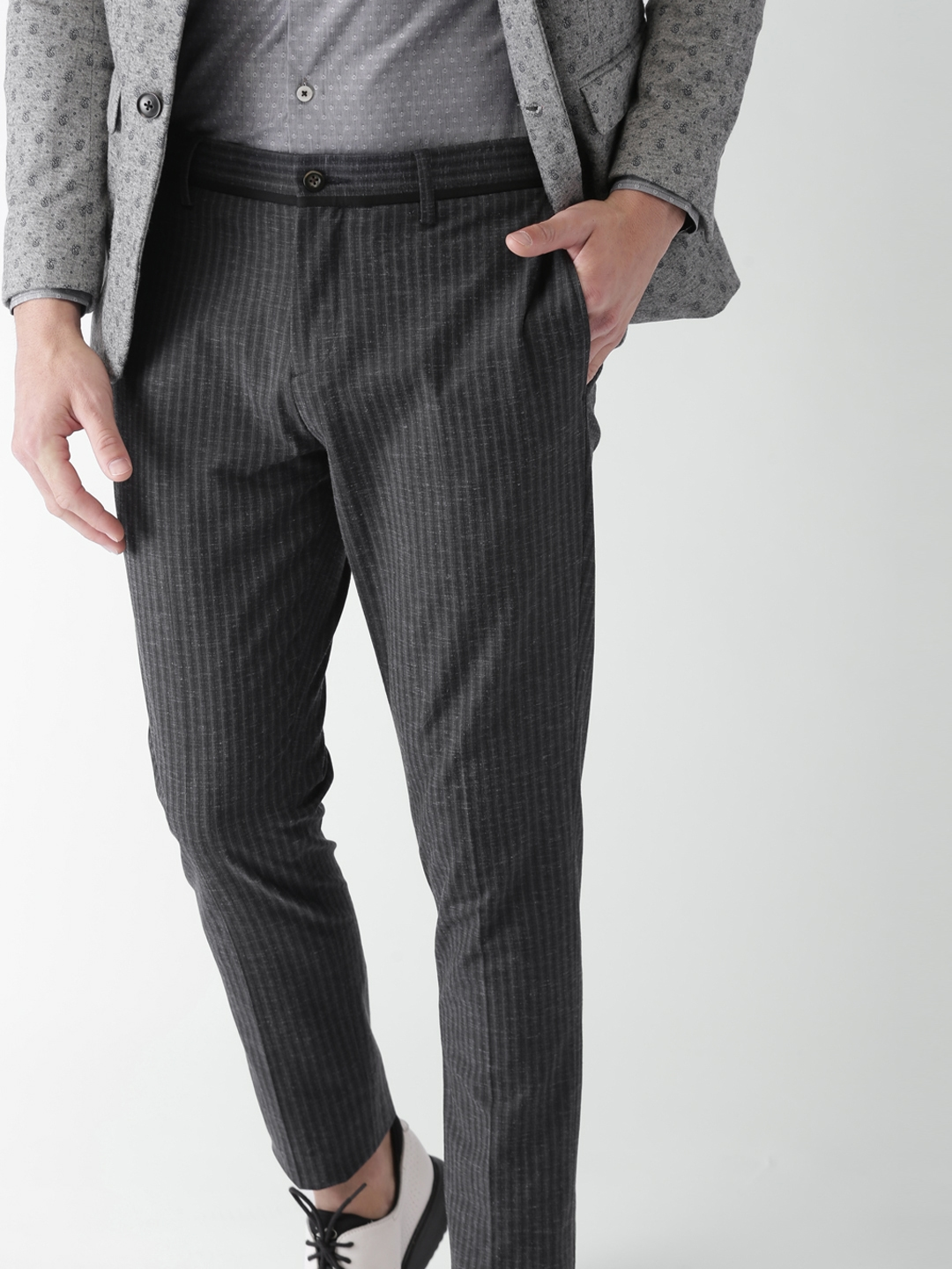 9b2af79421 INVICTUS Men Charcoal Grey Slim Fit Striped Smart Casual Trousers