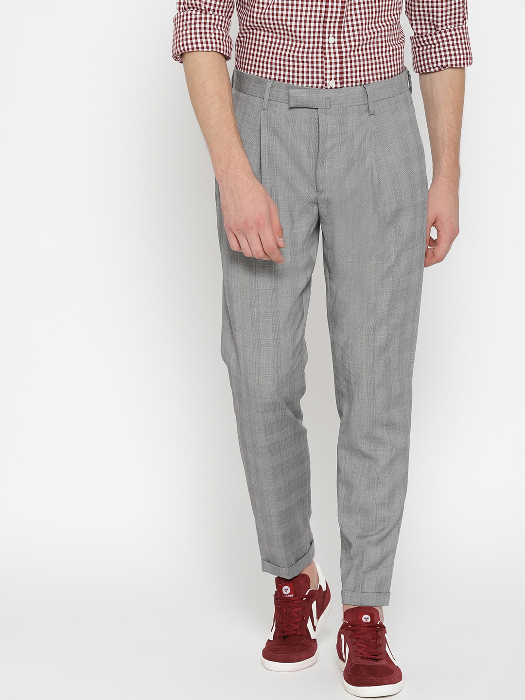 8fd1787df71 Buy MANGO MAN Men Grey Regular Fit Checked Regular Trousers ...