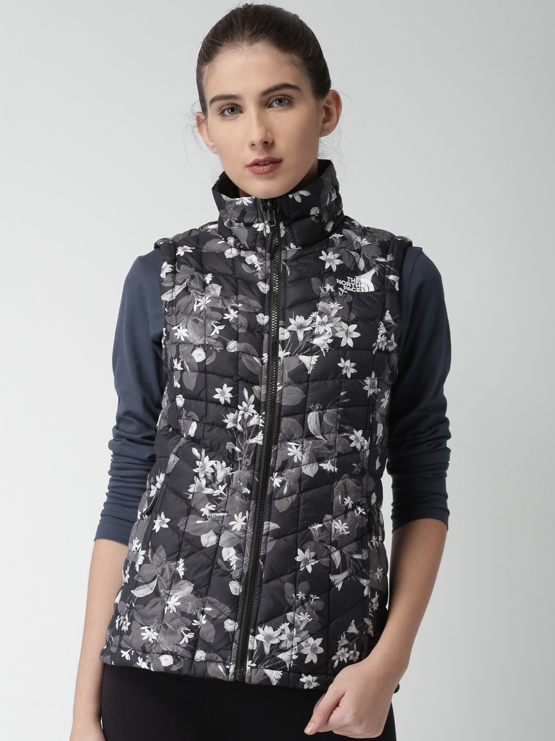 1f5faf0e0eab Buy The North Face Black Printed W THERMOBALL VEST AP Quilted Jacket ...