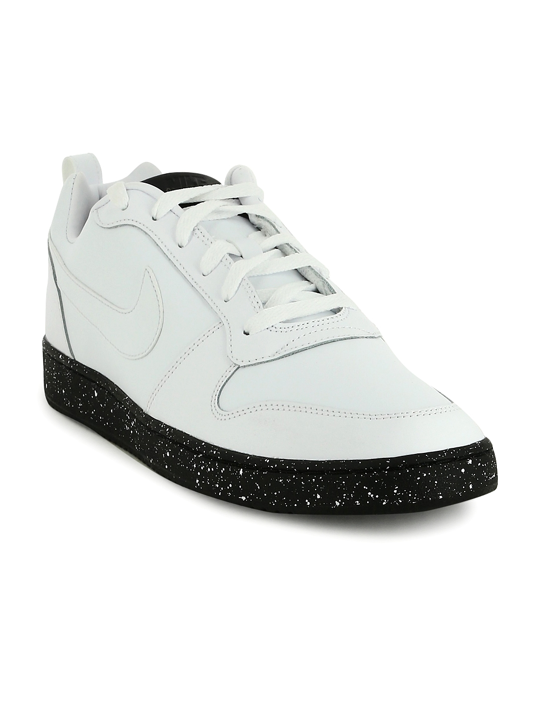 official photos 440ac 7948b Nike Men White COURT BOROUGH LOW SE Leather Sneakers