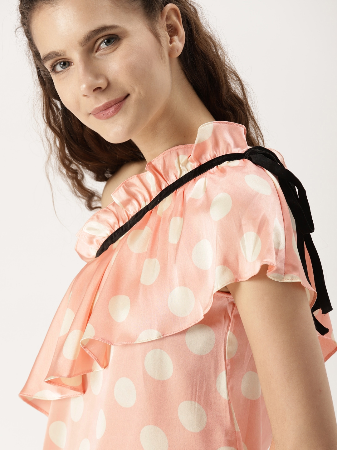 b64f975a63634 DressBerry Women Peach-Coloured   Off-White Polka Dot Print One-Shoulder Top