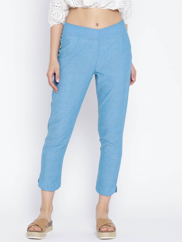 AURELIA Women Blue Solid Cropped Trousers