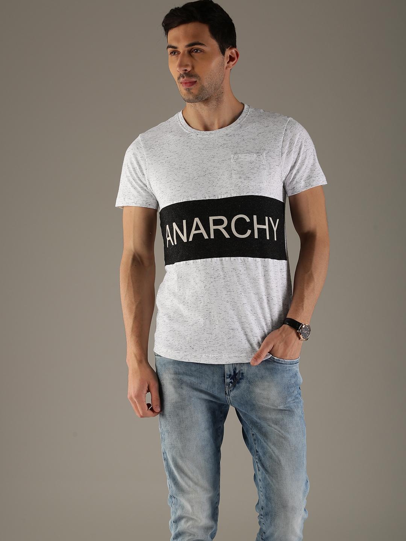 Flying Machine Men White Self Design Round Neck T shirt