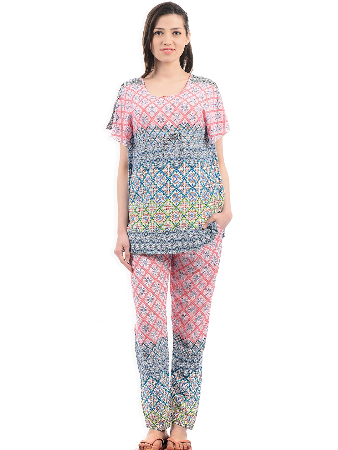 b347bd8da62 Buy Sweet Dreams Women Pink   Blue Printed Night Suit 286718 - Night ...