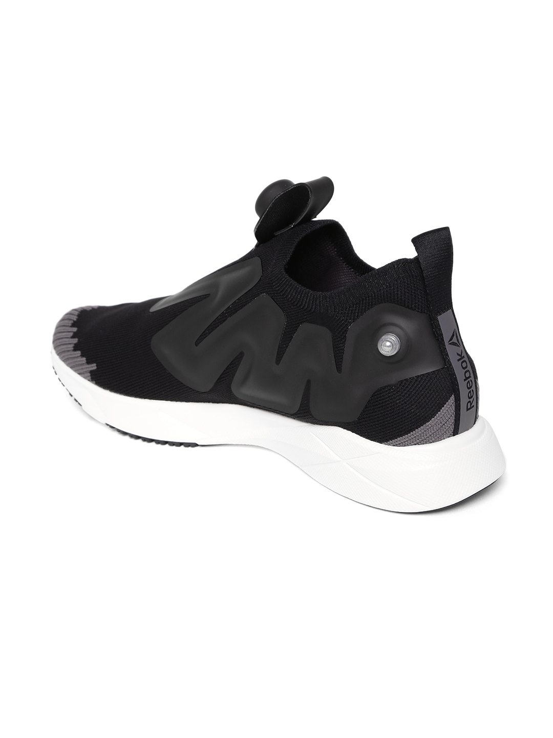 be331759 Buy Reebok Unisex Black Pump Supreme ULTK Running Shoes - Sports ...