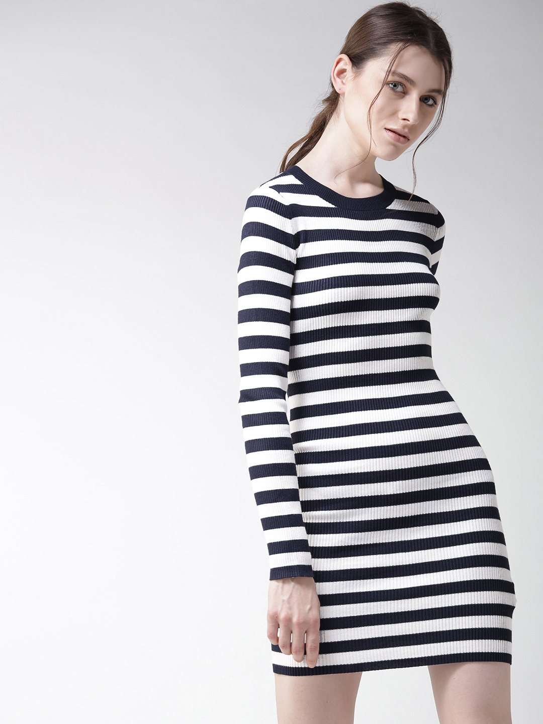 aee0aa27a35 Buy FOREVER 21 Women Navy & White Striped Bodycon Dress - Dresses ...