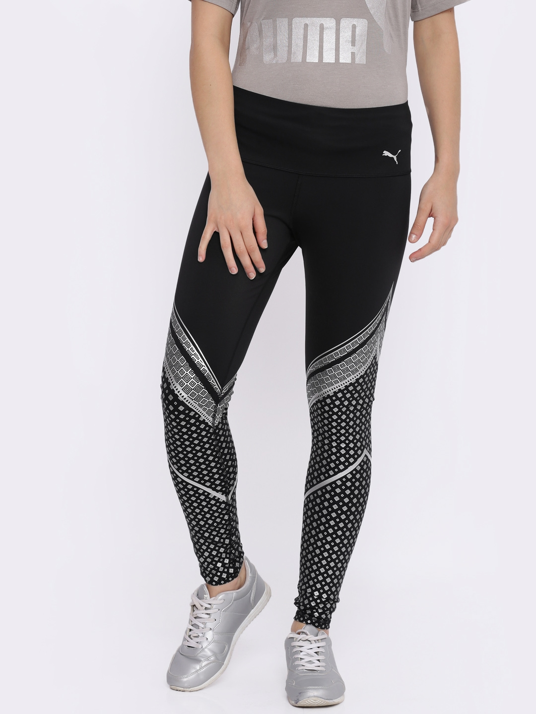 668ac690a34307 Buy Puma Black Printed Everyday Train Graphic Tights - Tights for ...