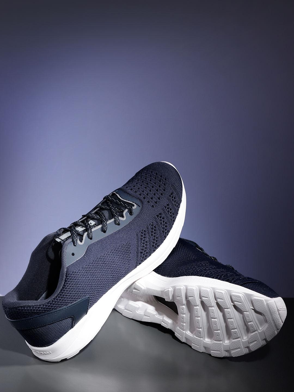 e51953dad Buy HRX By Hrithik Roshan Men Meta Grip 1.0 Running Shoes - Sports ...