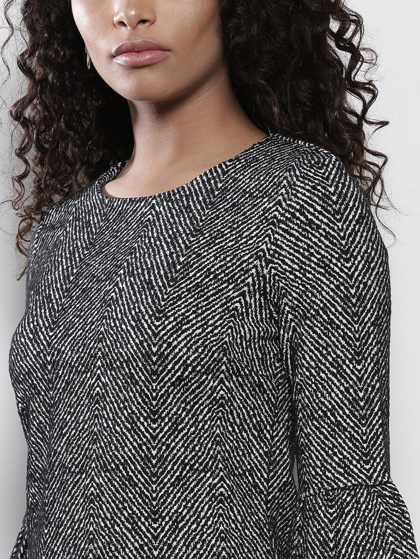 b459594a393c Buy DOROTHY PERKINS Women Black & White Self Design A Line Dress ...