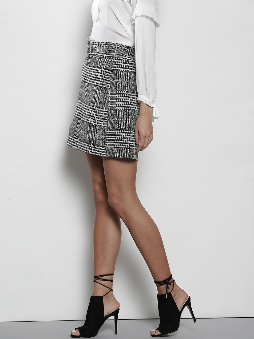 Buy DOROTHY PERKINS Black & Off White Houndstooth Pattern Mini A ...