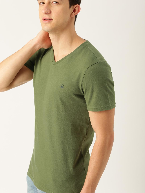 Buy United Colors Of Benetton Men Olive Green Solid V Neck T Shirt