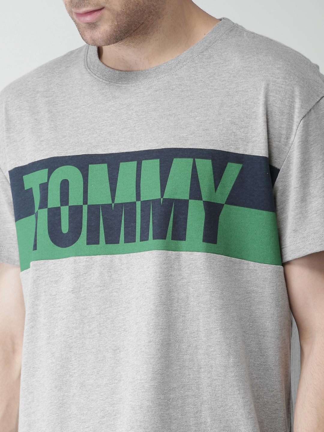 5e0e0492 Buy Tommy Hilfiger Men Grey Printed Relaxed Fit T Shirt - Tshirts ...