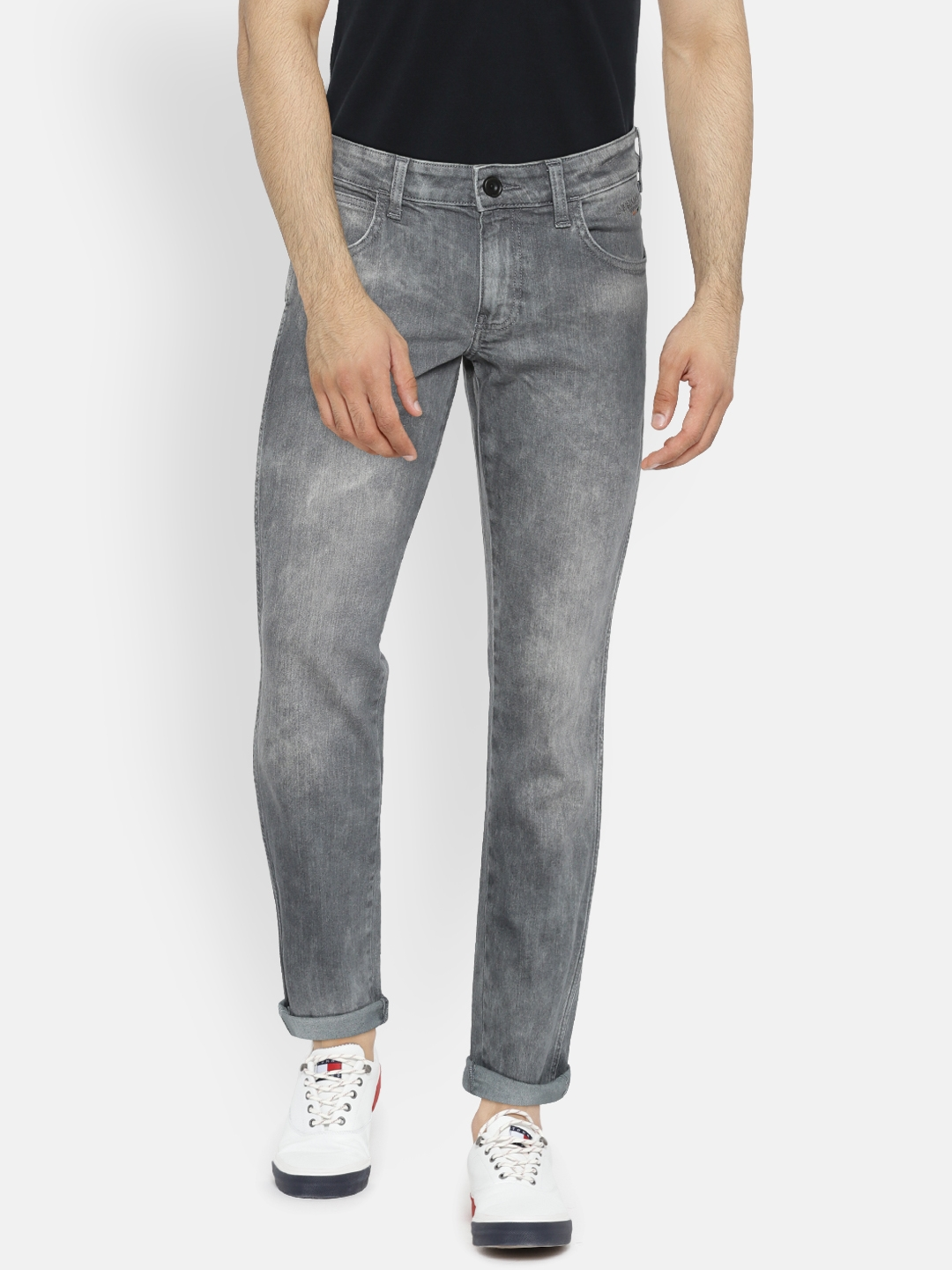 74186728 Buy Wrangler Men Grey Tapered Fit Low Rise Clean Look Stretchable ...