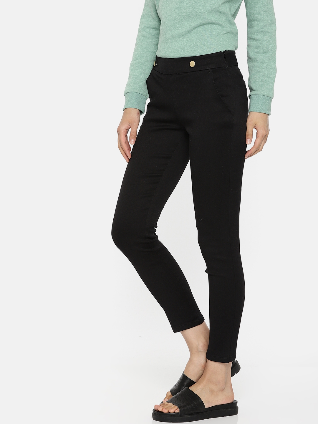 758c7da18ee2b Buy ONLY Women Black Slim Fit Solid Cigarette Trousers - Trousers ...