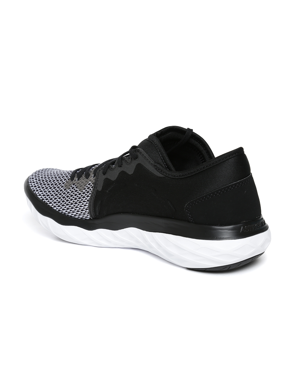224d0d5bae2f5b Buy Reebok Women Black   Grey Astroride Forever Running Shoes ...