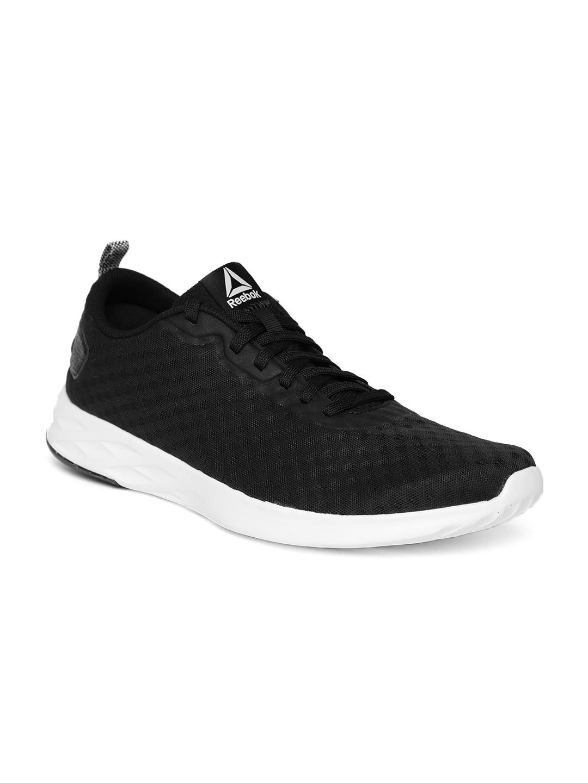 Buy Reebok Men Black Astroride Soul Walking Shoes - Sports Shoes for ... 28a772ce8