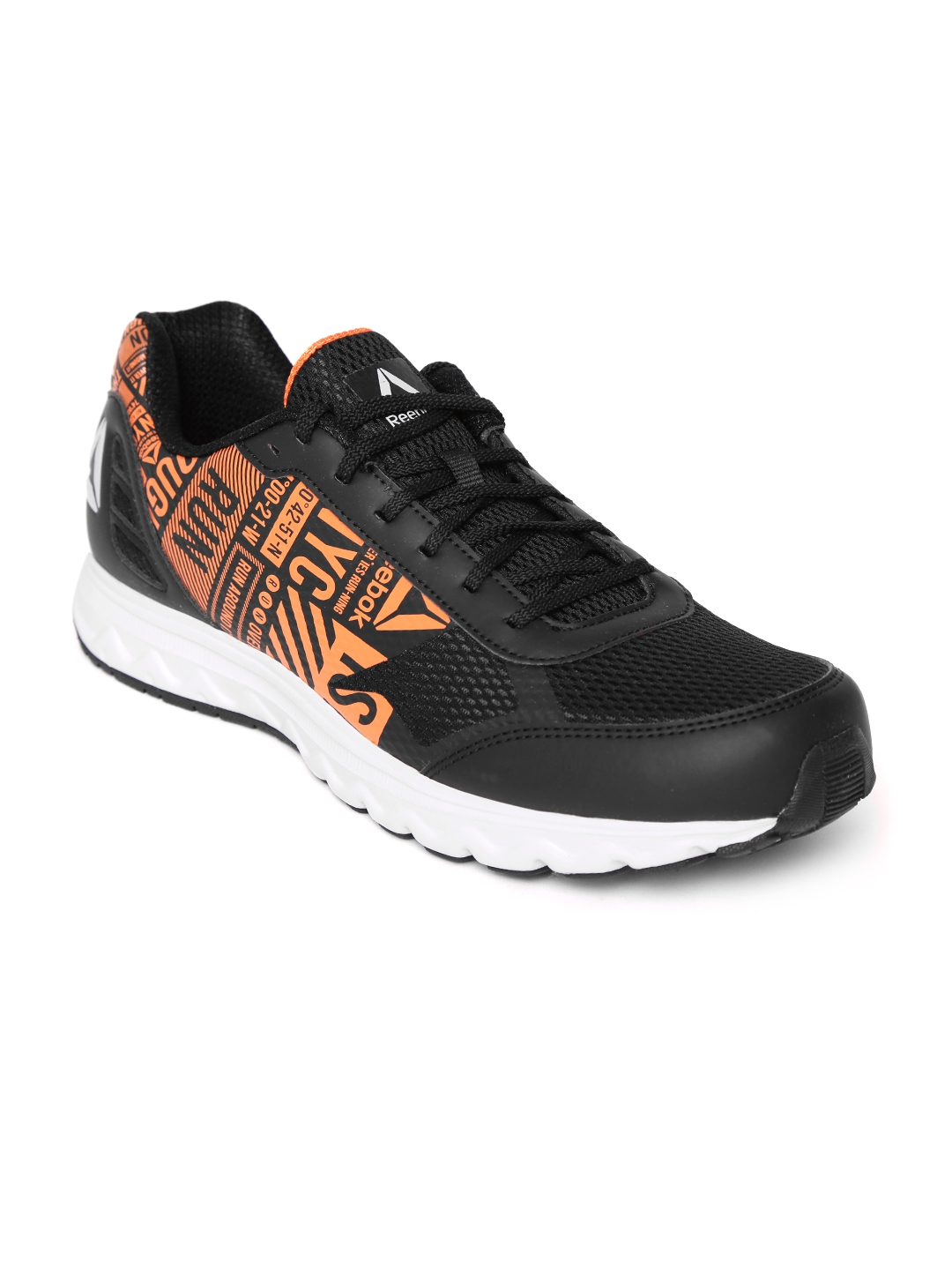 Buy Reebok Men Black Voyager Xtreme Running Shoes - Sports Shoes for ... 468190c49