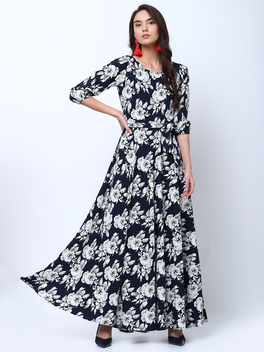 2c72ffabeb5 Buy Tokyo Talkies Women Navy Blue Printed Maxi Dress - Dresses for ...