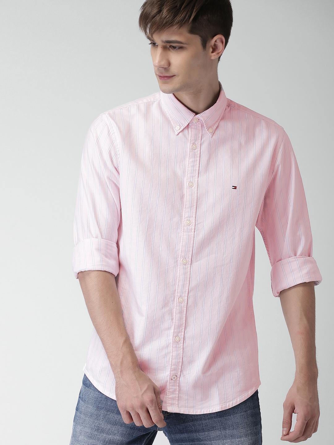 f50a2c03 Buy Tommy Hilfiger Men Pink & White Regular Fit Striped Casual Shirt ...