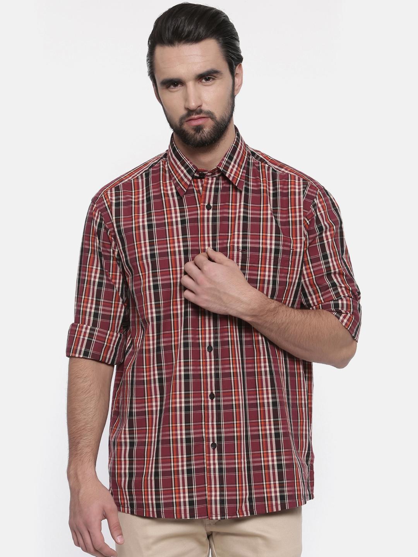 6cfedff2b05 Buy ColorPlus Men Maroon   Black Classic Fit Checked Casual Shirt ...